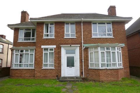 3 bedroom flat to rent - Portswood  Road, Portswood