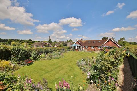 4 bedroom chalet for sale - Micheldever, Winchester