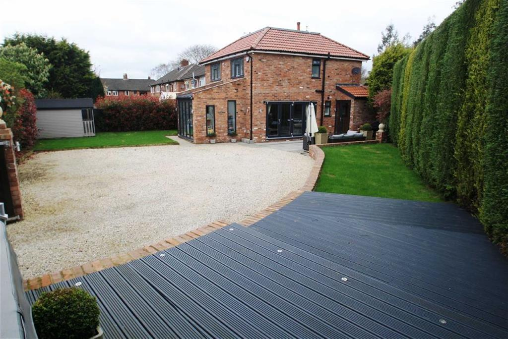 4 Bedrooms Semi Detached House for sale in Hawthorn Street, Wilmslow