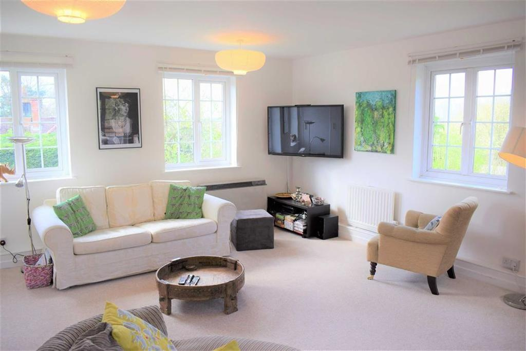 3 Bedrooms Apartment Flat for sale in The Old Convent, Dockenfield, Farnham
