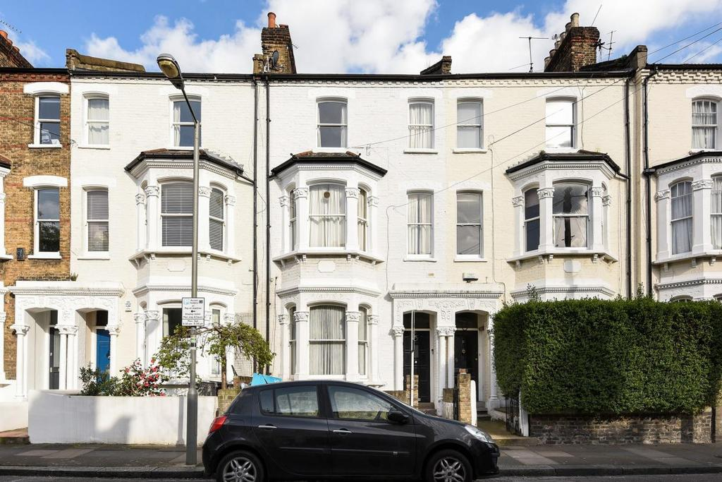 1 Bedroom Flat for sale in Lindore Road, Battersea, SW11