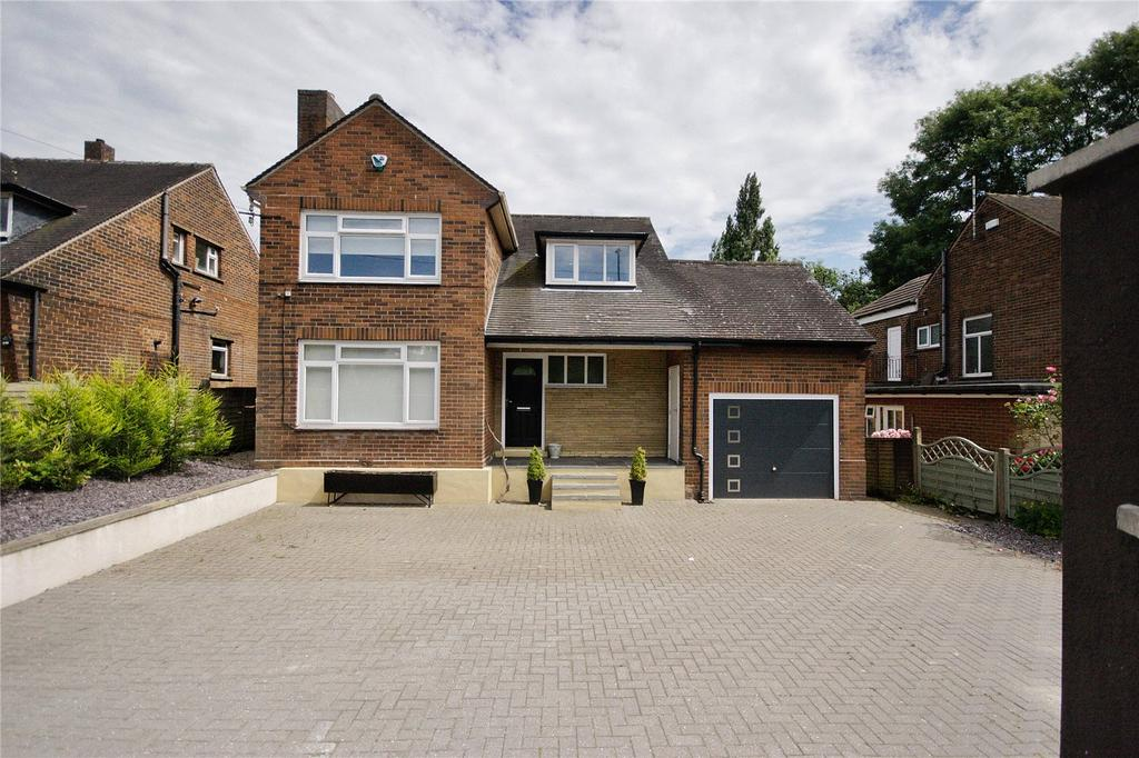 4 Bedrooms Detached House for sale in Bradford Road, Fixby, Huddersfield, West Yorkshire, HD2