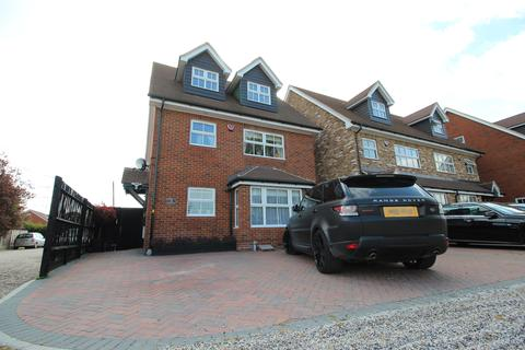 4 bedroom detached house for sale - Picardy Close, Hoddesdon EN11
