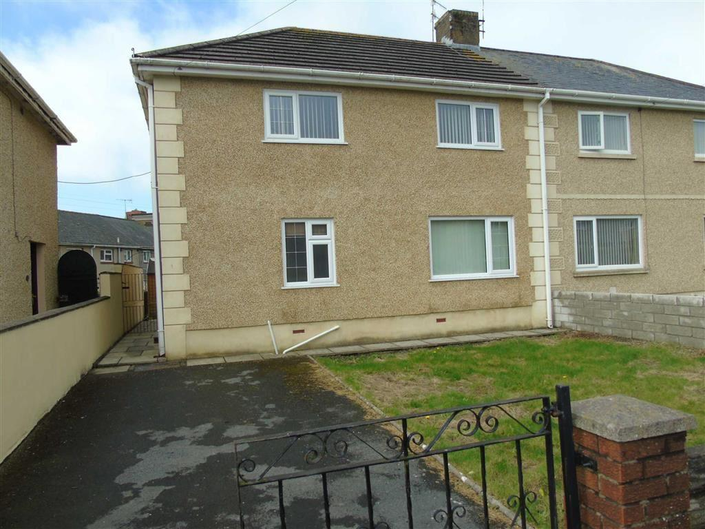 3 Bedrooms Semi Detached House for sale in Dan Yr Allt, Felinfoel, Llanelli