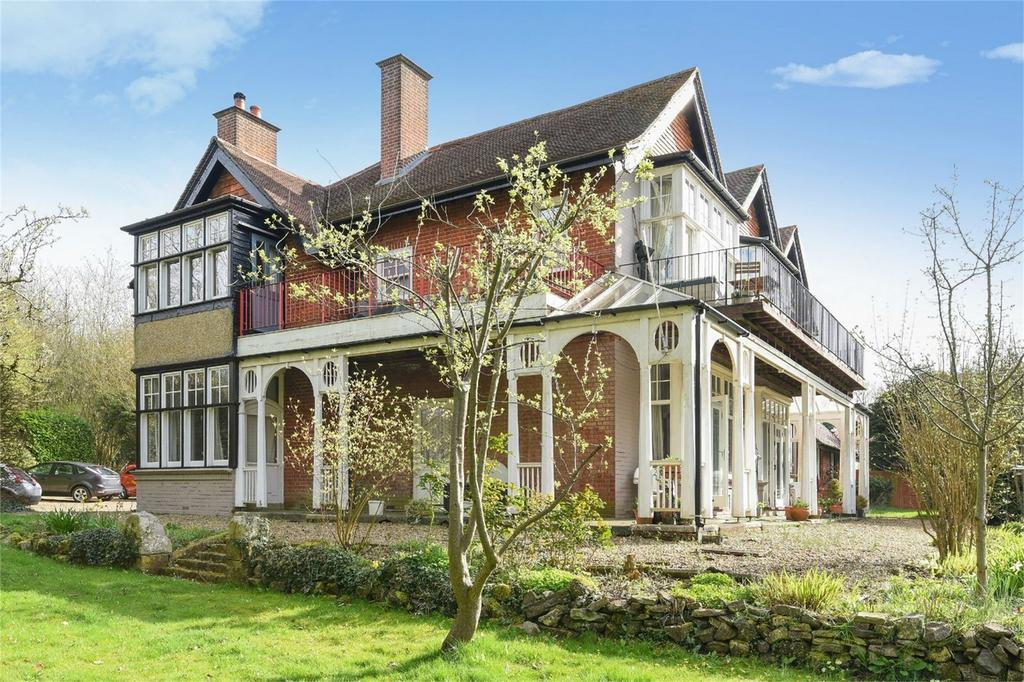 1 Bedroom Flat for sale in Shawford, Winchester, Hampshire