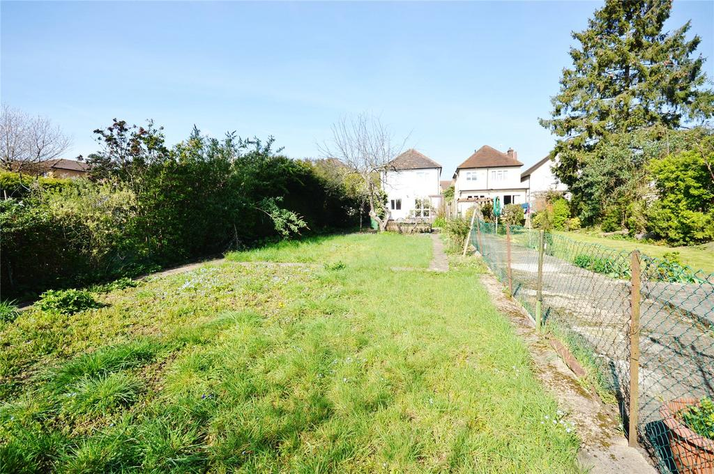 4 Bedrooms Detached House for sale in St. Albans Road, Garston, Hertfordshire, WD25