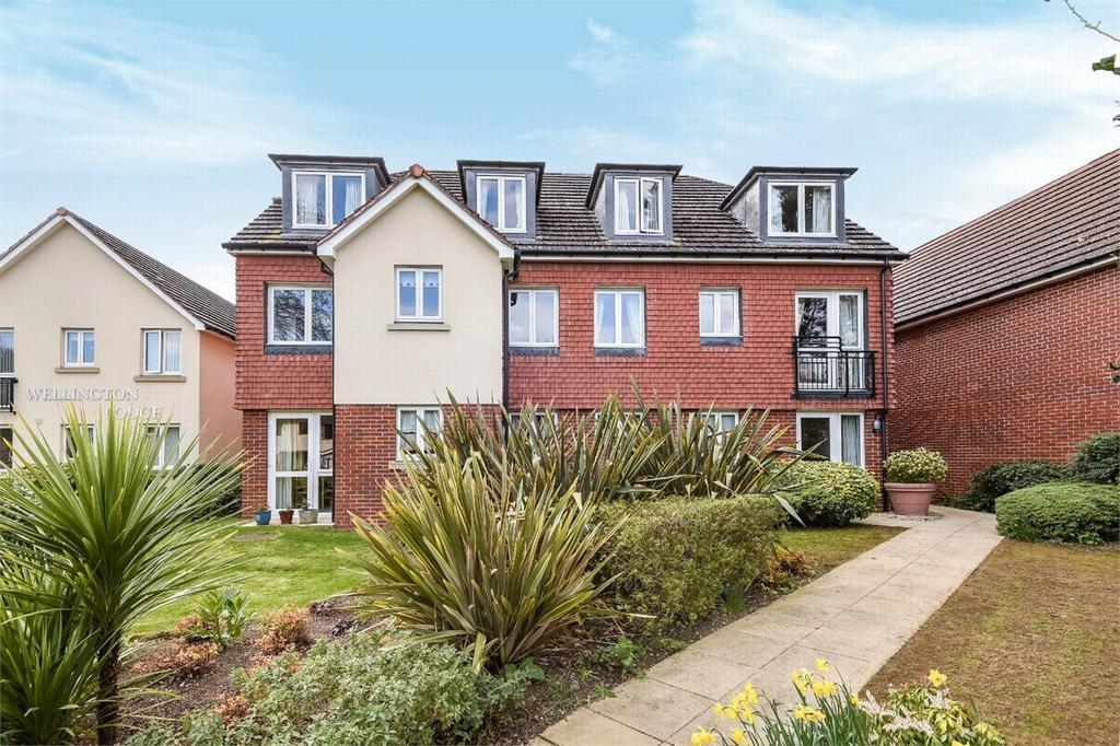 1 Bedroom Retirement Property for sale in Camberley, Surrey