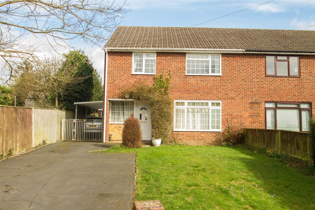 3 Bedrooms Semi Detached House for sale in Tower Lane, Bearsted, Maidstone