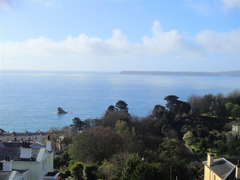 2 Bedrooms Apartment Flat for sale in Middle Lincombe Road, The Lincombes, Torquay, Devon, TQ1