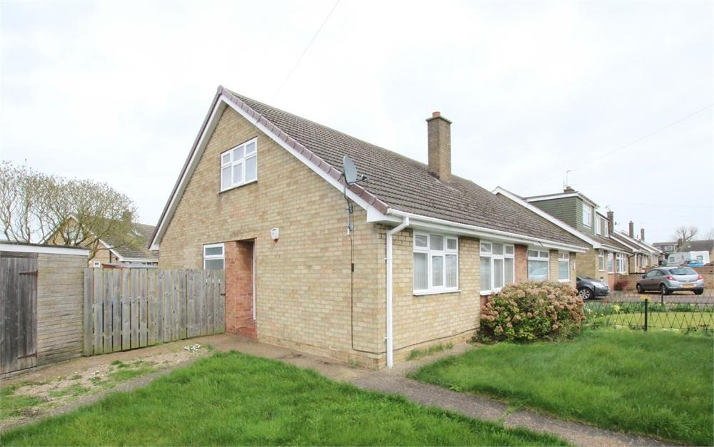3 Bedrooms Chalet House for sale in Owst Road, Keyingham, East Riding of Yorkshire