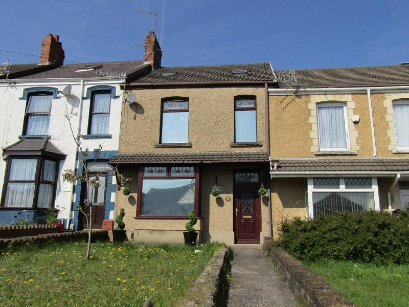 3 Bedrooms Terraced House for sale in Vicarage Road, Morriston, Swansea.