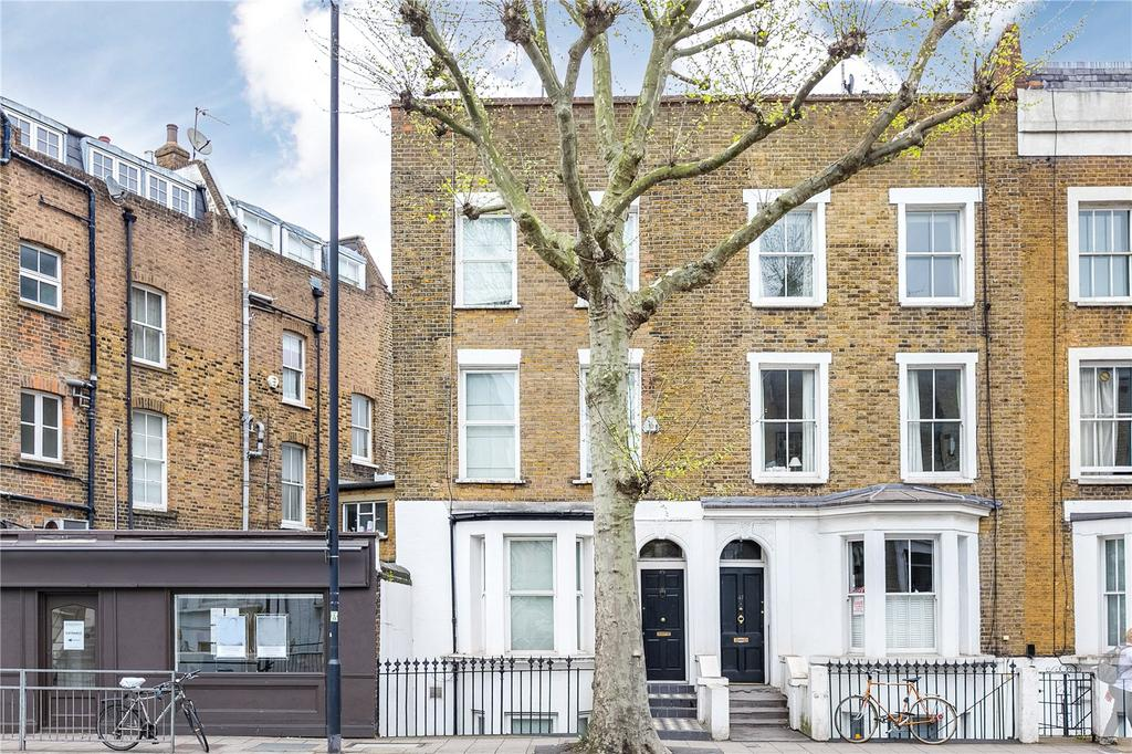 3 Bedrooms House for sale in Harwood Road, Fulham Broadway, London