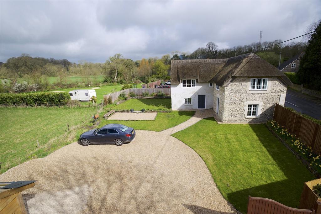 5 Bedrooms Detached House for sale in Grimstone, Dorchester, Dorset