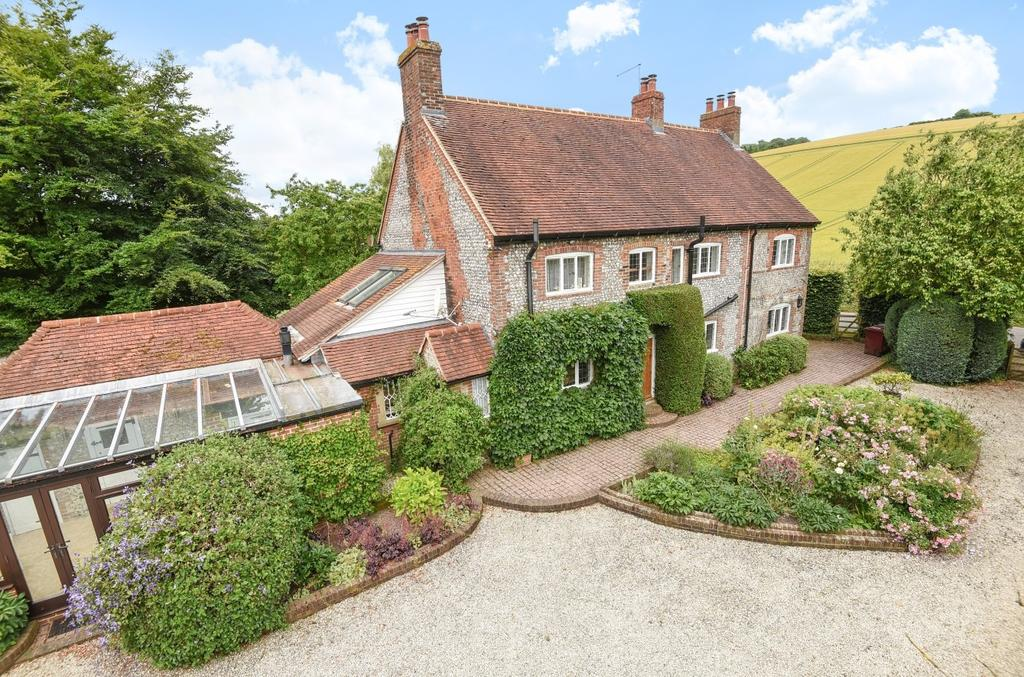 5 Bedrooms Detached House for sale in Droke Lane, Upwaltham, Nr Petworth, GU28
