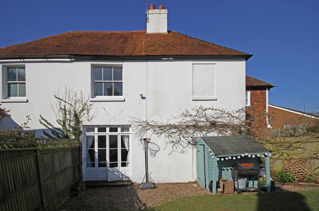 3 Bedrooms Semi Detached House for sale in Parsonage Lane, Icklesham, East Sussex, TN36 4BL