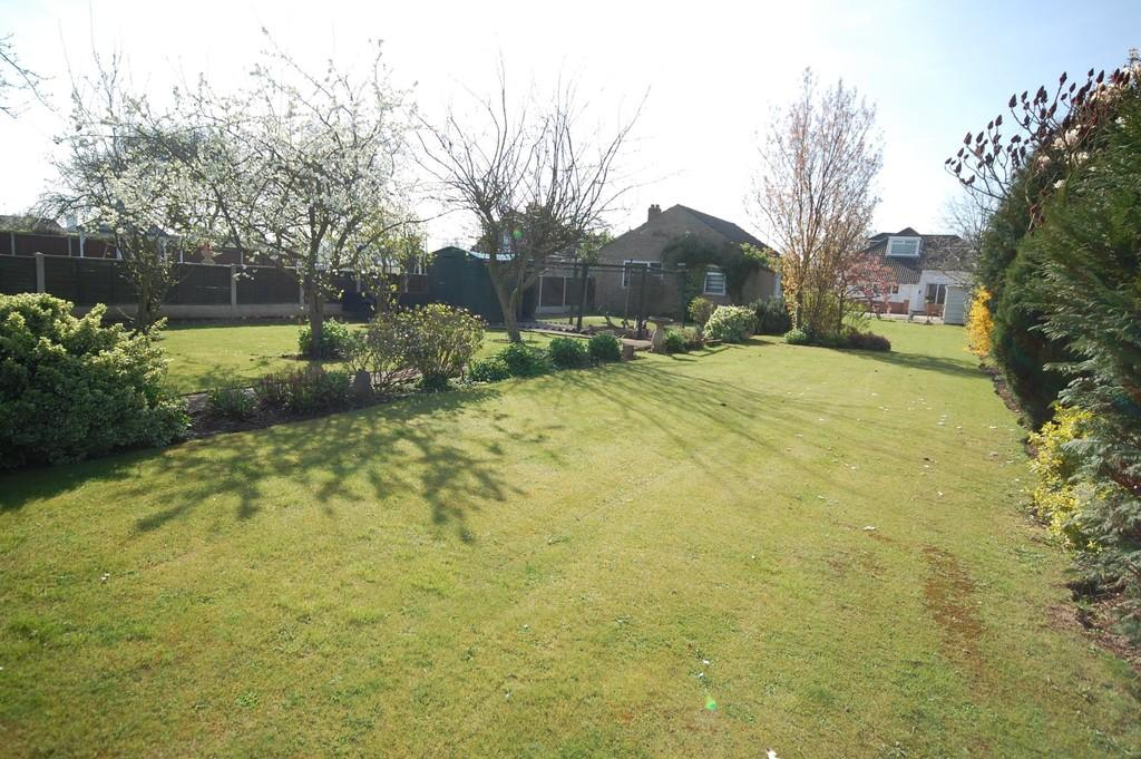 3 Bedrooms Detached Bungalow for sale in Rawcliffe Road, Goole