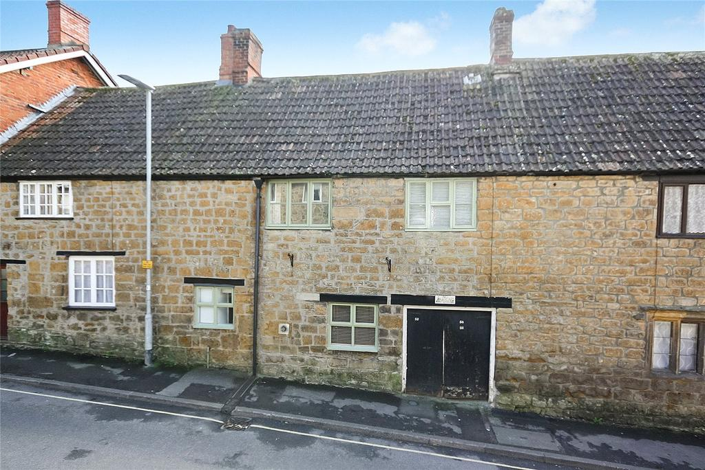 2 Bedrooms House for sale in East Street, Ilminster, Somerset, TA19
