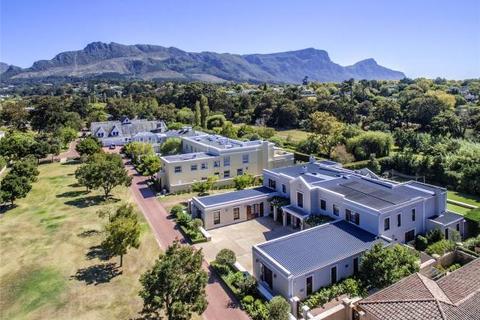 5 bedroom house  - Silverhurst Estate, Constantia Upper, Cape Town, Western Cape