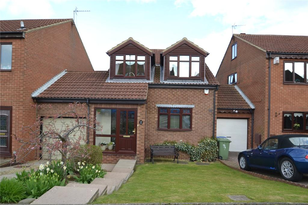3 Bedrooms Link Detached House for sale in Keating Close, Blackhall Colliery, Co.Durham, TS27