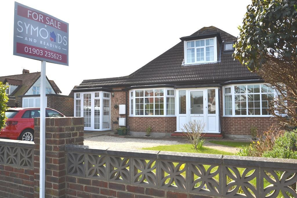 3 Bedrooms Chalet House for sale in Lancaster Road, Worthing, BN12 4BP