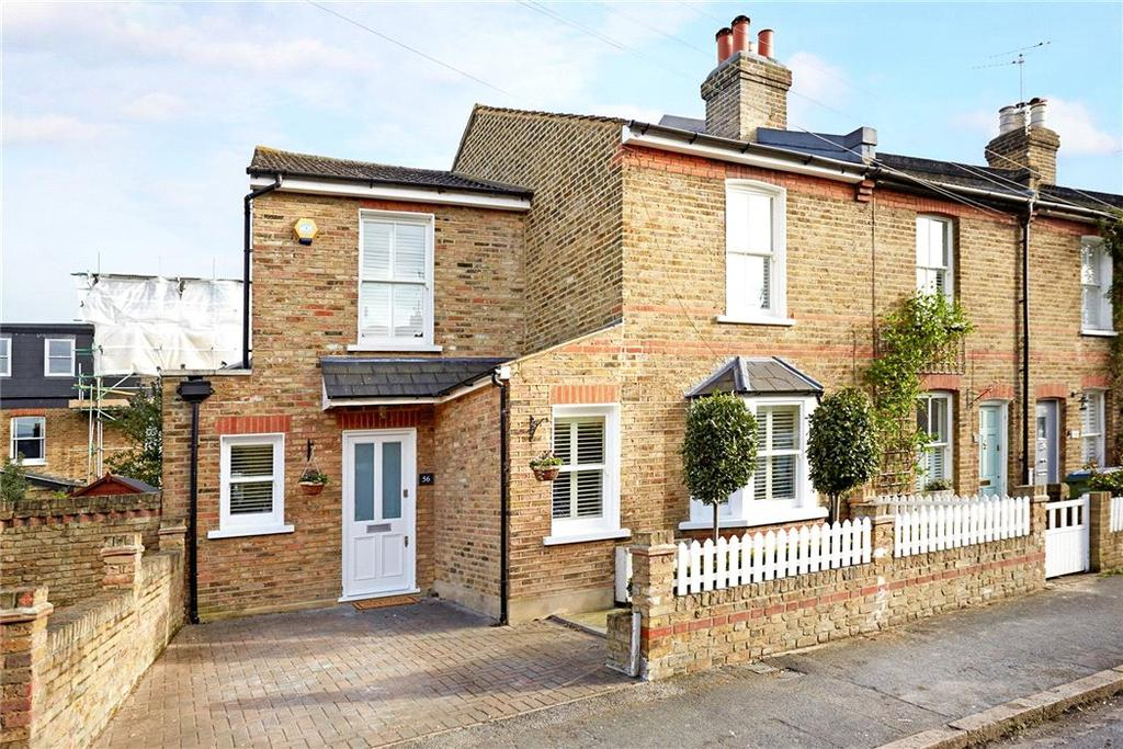 4 Bedrooms Semi Detached House for sale in Queens Road, Thames Ditton, Surrey, KT7