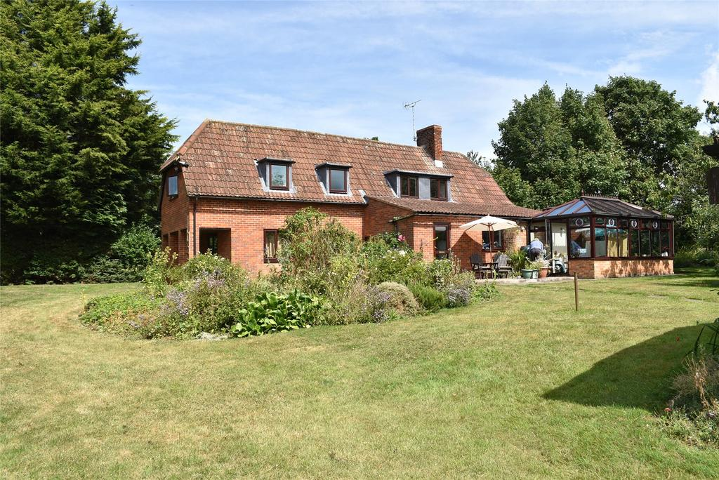 4 Bedrooms Detached House for sale in Shucklow Hill, Little Horwood
