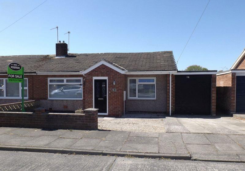 2 Bedrooms Bungalow for sale in Eden Grove, Morpeth