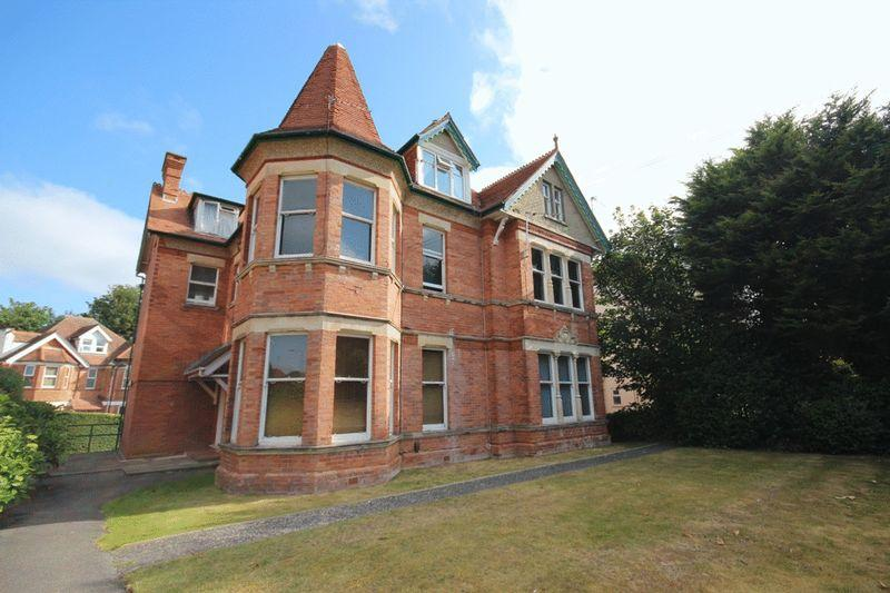 1 Bedroom Flat for sale in Percy Road, Boscombe, Bournemouth