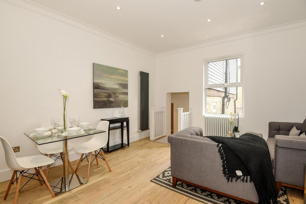 2 Bedrooms Flat for sale in Coldharbour Lane, Camberwell