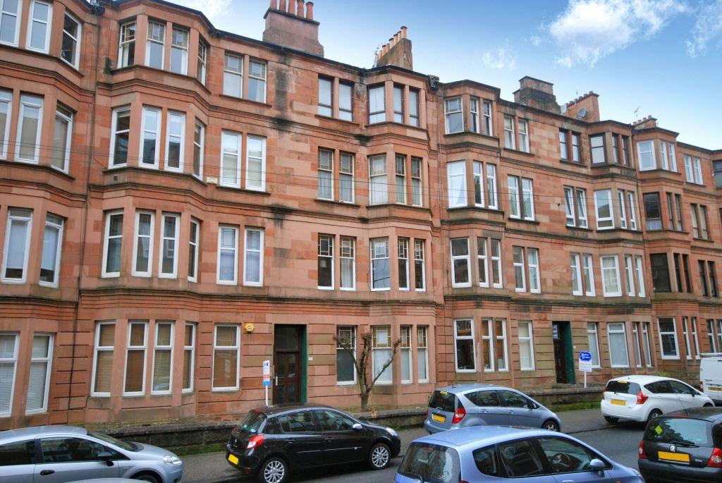 1 Bedroom Flat for sale in 3/1, 36 Mount Stuart Street, Shawlands, Glasgow, G41 3LZ