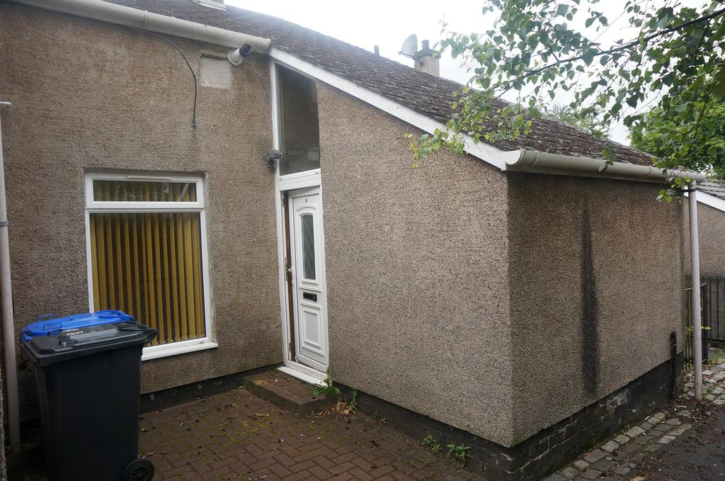 3 Bedrooms Terraced House for sale in Ferguson Road, Cumbernauld G67
