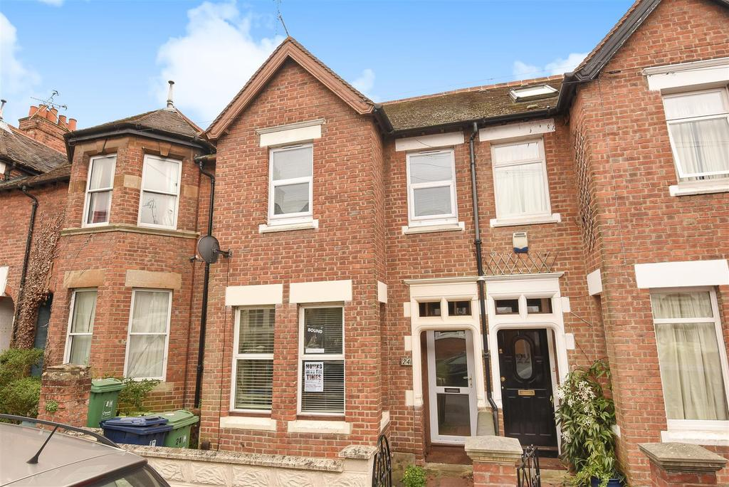 Front Elevation Beds : Warwick street iffley fields bed terraced house for