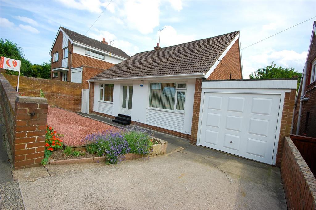 3 Bedrooms Detached Bungalow for sale in Ettrick Gardens, High Barnes, Sunderland