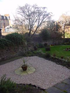 3 bedroom flat to rent - Roseneath Terrace, Edinburgh EH9