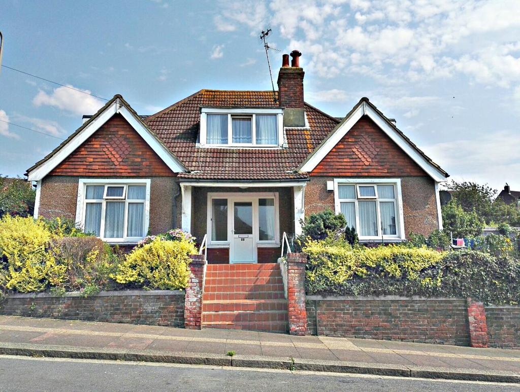 4 Bedrooms Detached House for sale in Dudley Road