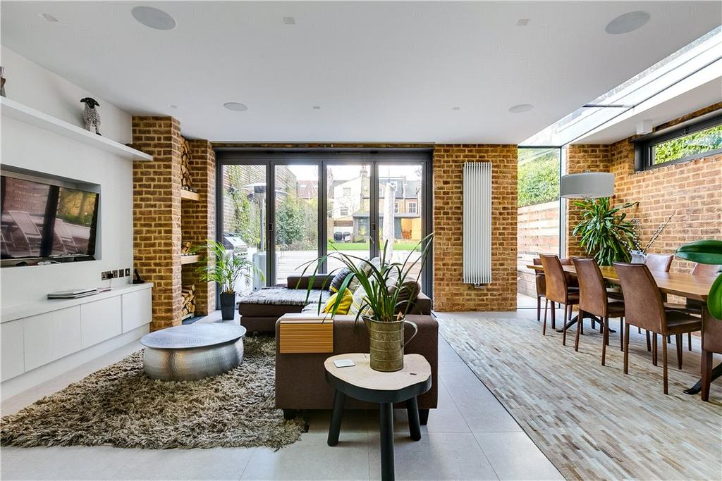 7 Bedrooms Semi Detached House for sale in Abbeville Road, London, SW4