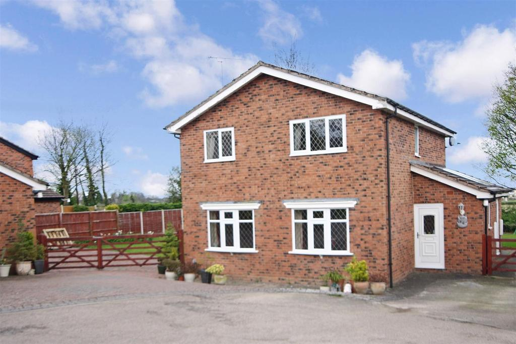 4 Bedrooms Detached House for sale in Glentworth Avenue, Oswestry