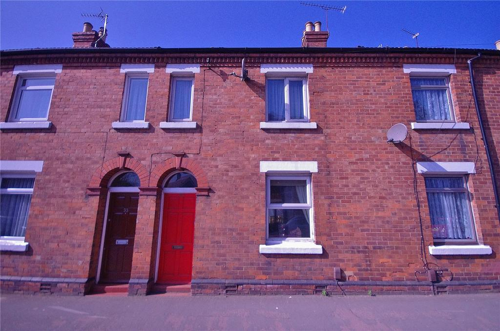 2 Bedrooms Terraced House for sale in Leavesden Road, Watford, Hertfordshire, WD24