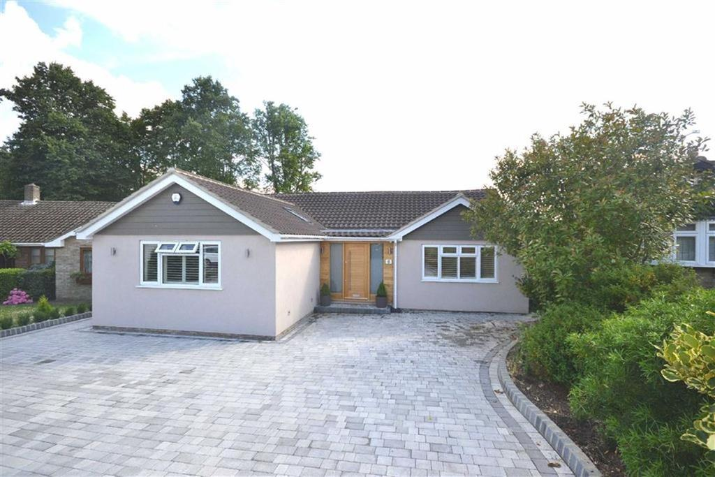 4 Bedrooms Detached House for sale in Theydon Place, Epping, Essex, CM16