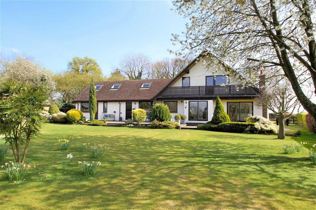 5 Bedrooms Detached House for sale in Rabley Heath Road, Rabley Heath AL6 9UB