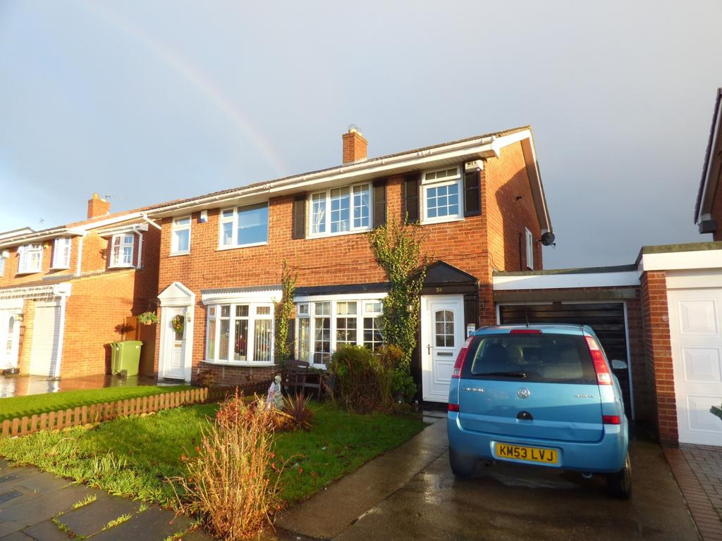 3 Bedrooms Semi Detached House for sale in Chadderton Drive, Thornaby, Stockton-On-Tees, TS17