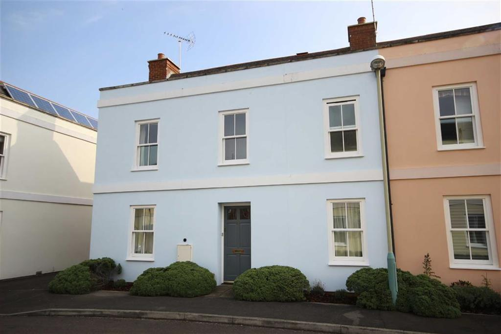 3 Bedrooms Semi Detached House for sale in Station Close, Leckhampton, Cheltenham, GL53