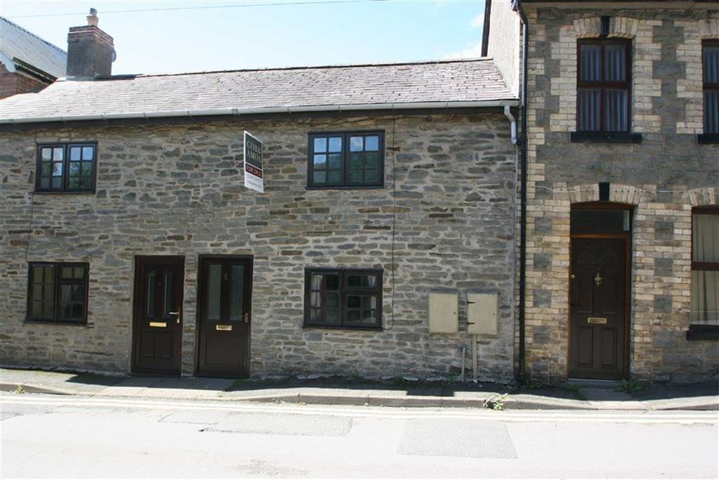 2 Bedrooms Terraced House for sale in Wylcwm Street, KNIGHTON, Knighton, Powys