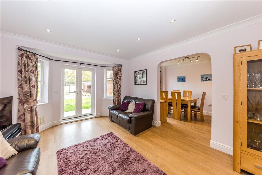 5 Bedrooms Semi Detached House for sale in Stanborough Mews, Stanborough Road, Welwyn Garden City, Hertfordshire