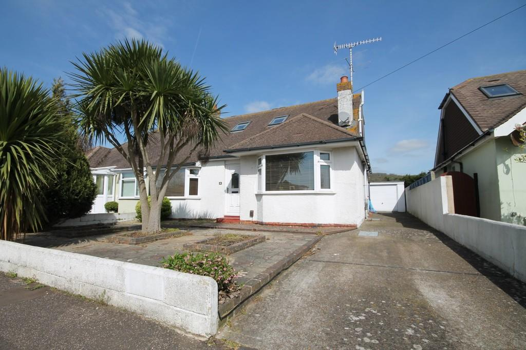 3 Bedrooms Semi Detached Bungalow for sale in Grover Avenue, Lancing BN15 9RF