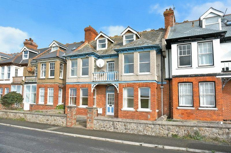 6 Bedrooms Terraced House for sale in Flexbury Park Road, Bude
