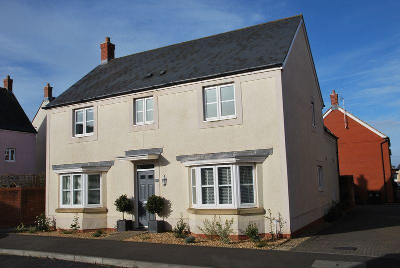 4 Bedrooms Detached House for sale in Kingfisher Road, Portishead