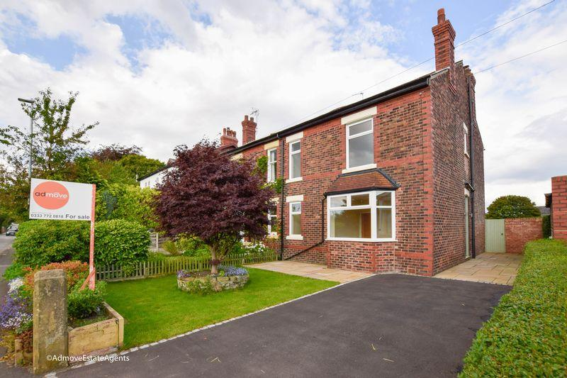 4 Bedrooms Semi Detached House for sale in Mill Lane, Lymm