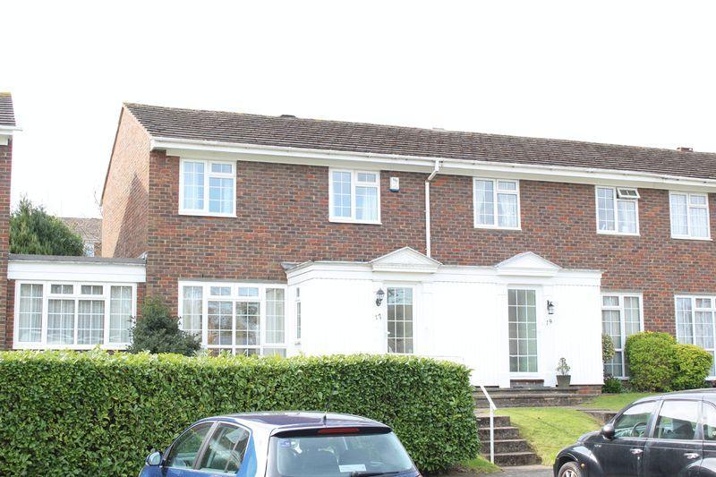 3 Bedrooms Terraced House for sale in Ridge Langley, Sanderstead, Surrey