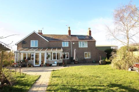 4 bedroom country house for sale - Trotting Mare Cottage, Overton, Wrexham